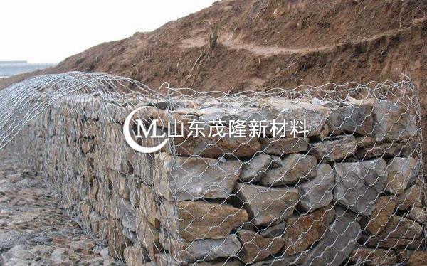 《水曹项目》渗排水网垫、石笼网施工