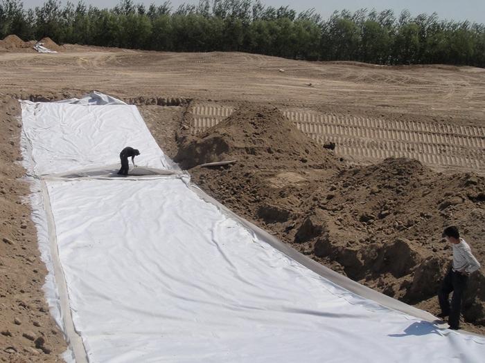 土工布一般用多厚的