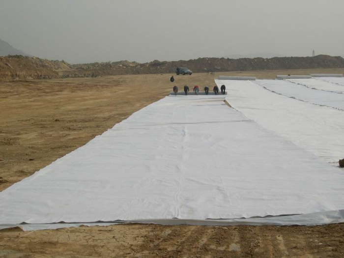 防渗土工布运输中应注意的几个问题