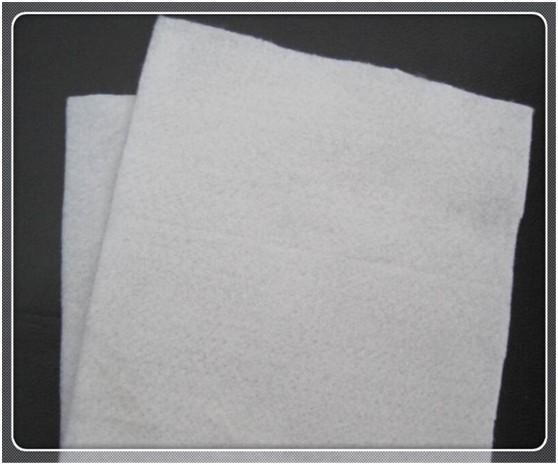 高强丙纶土工布防水卷材的铺设方法