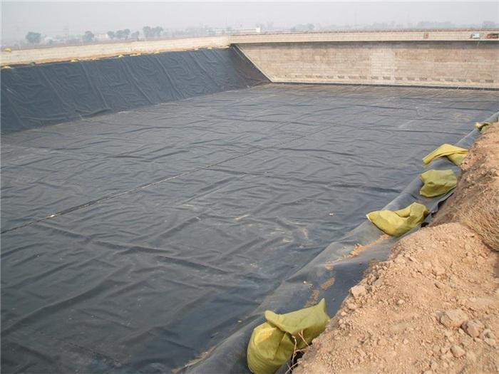 纤维土工布与土工膜复合具有防渗性能  第1张