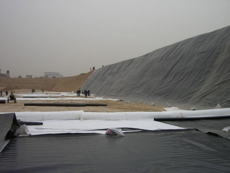 纤维土工布与土工膜复合具有防渗性能  第2张