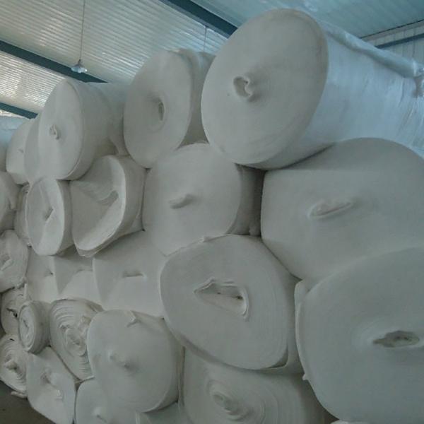 结合工程施工标准和方法所提出对土工布施工质