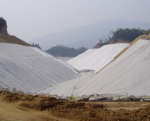 土工布砂枕锁坝施工及土工布质量要求